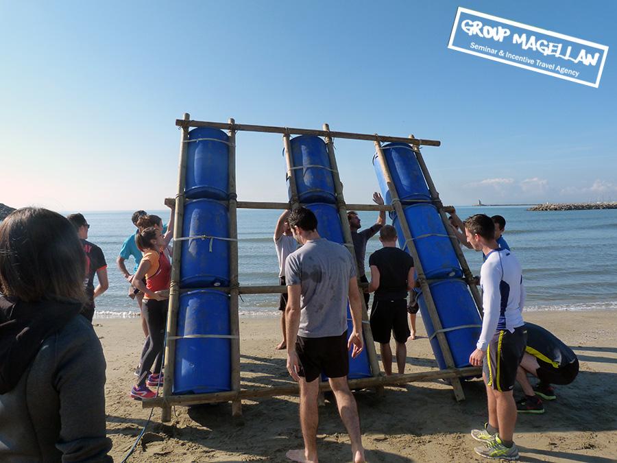 07-construction-radeaux-mediterranee