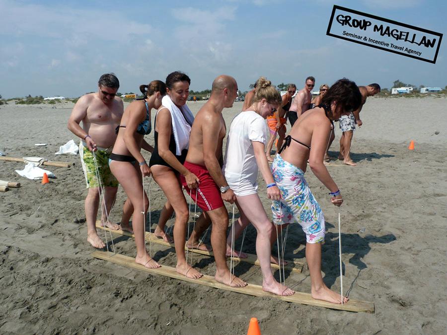 04-team-building-plage